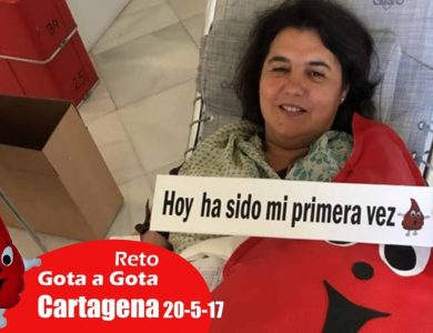 Reto gota a gota banco de sangre Cartagena con Begoña Ballesteros de Mayoball y Angel Pinar