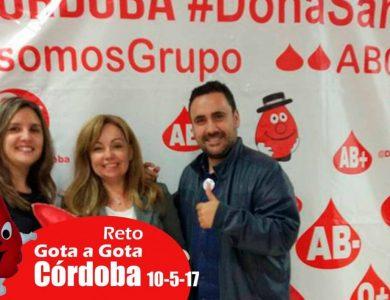 Reto gota a gota banco de sangre Cordoba con Begoña Ballesteros de Mayoball y Angel Pinar